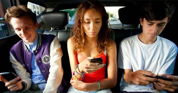 Adakah anda pengguna internet tegar atau hanya untuk panggilan?Anda kena lihat ini.