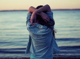 Mil derrotas no te hacen ser un vencido, si luchas puedes perder, si no luchas, estás perdido.