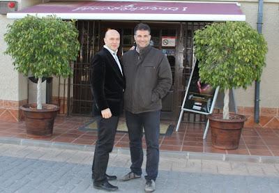 Esteban Capdevila y Santiago Navarro en Finca Santiago. Blog Esteban Capdevila