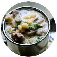 http://www.anyonita-nibbles.co.uk/2015/11/gluten-free-sausage-spinach-soup.html