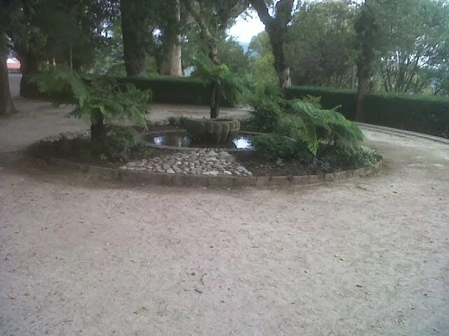 El rincon de un jardin parque de la alameda en santiago for Jardin umbrio valle inclan