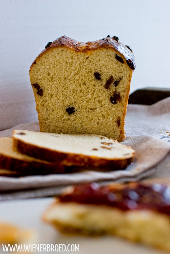 Currant yeast bread