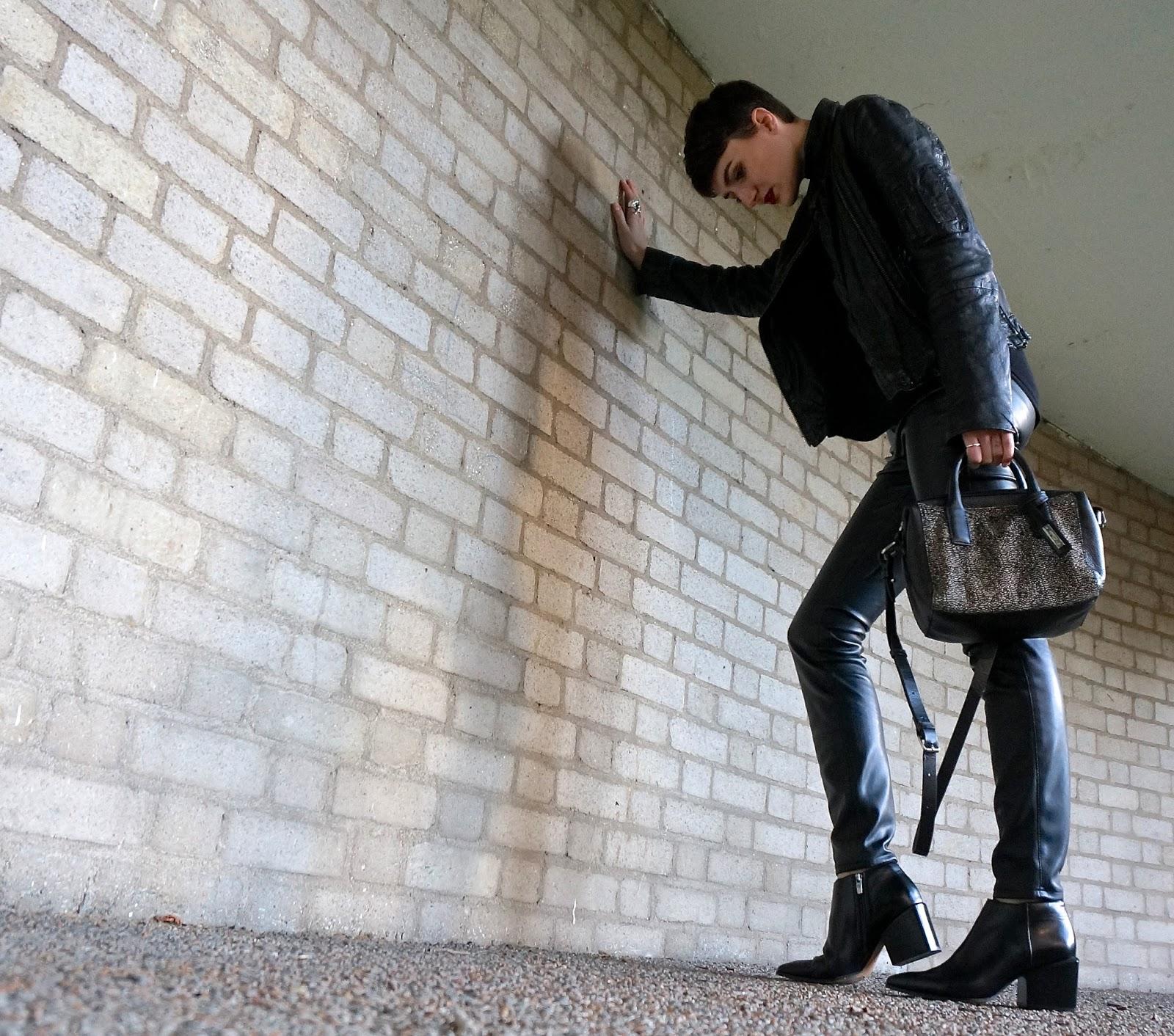 1 Piece 10 Styles Clarks leather outfit All Saints Zara Lexie Blush 1P10S www.lexieblush.co.uk