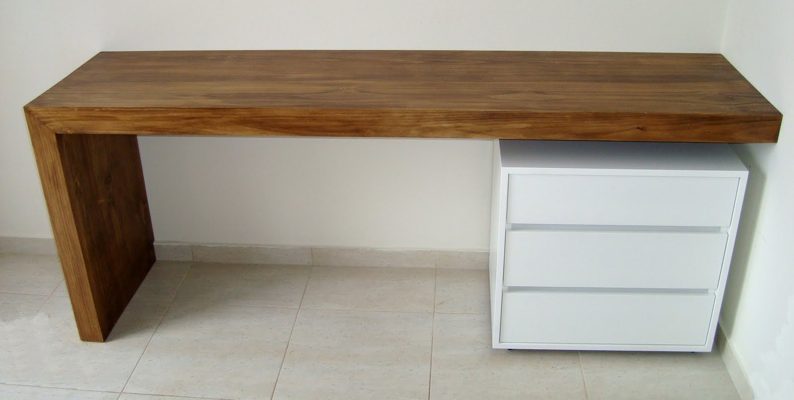 Madeira Brazil: Mesas e bancadas em madeira maciça e de demolição #6C4826 1600 807