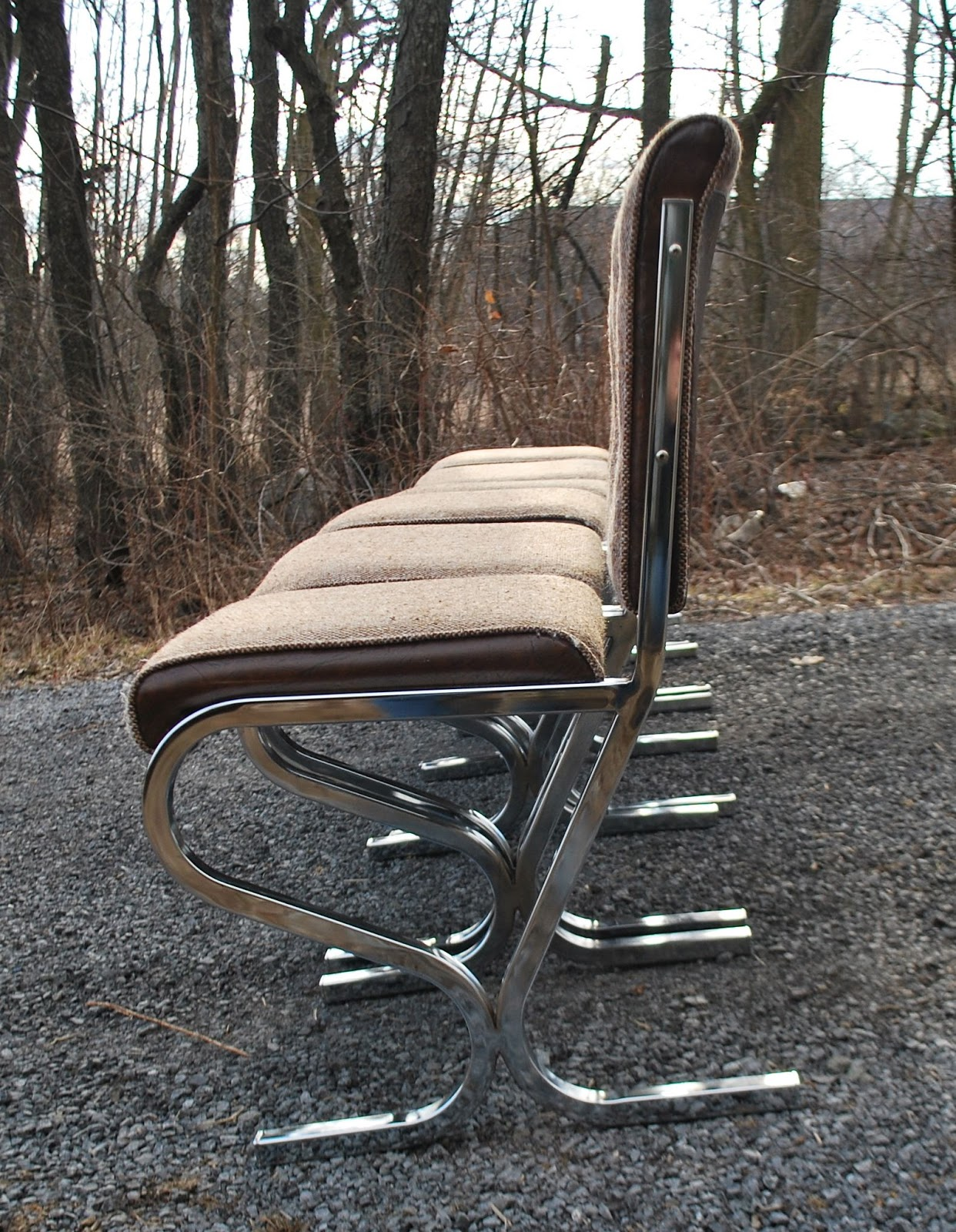 Tribute 20th Decor Retro Chrome And Tweed Dining Chairs
