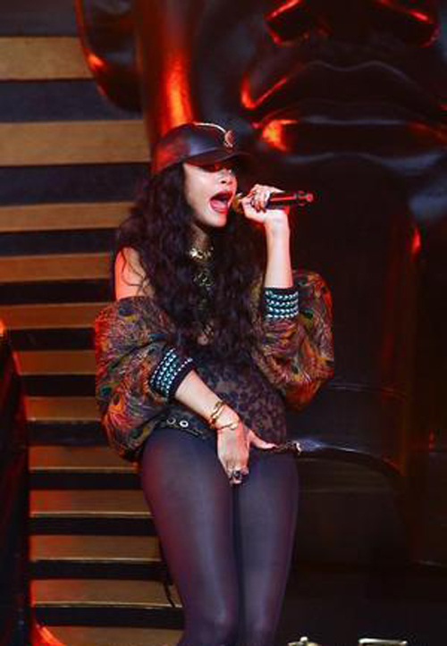 Rihanna Shuts Down Nando's With Huge Order » Gossip | Rihanna