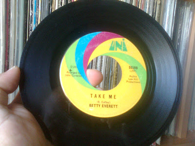 Betty Everett – There\'ll Come A Time / Take Me 1968 (Uni)
