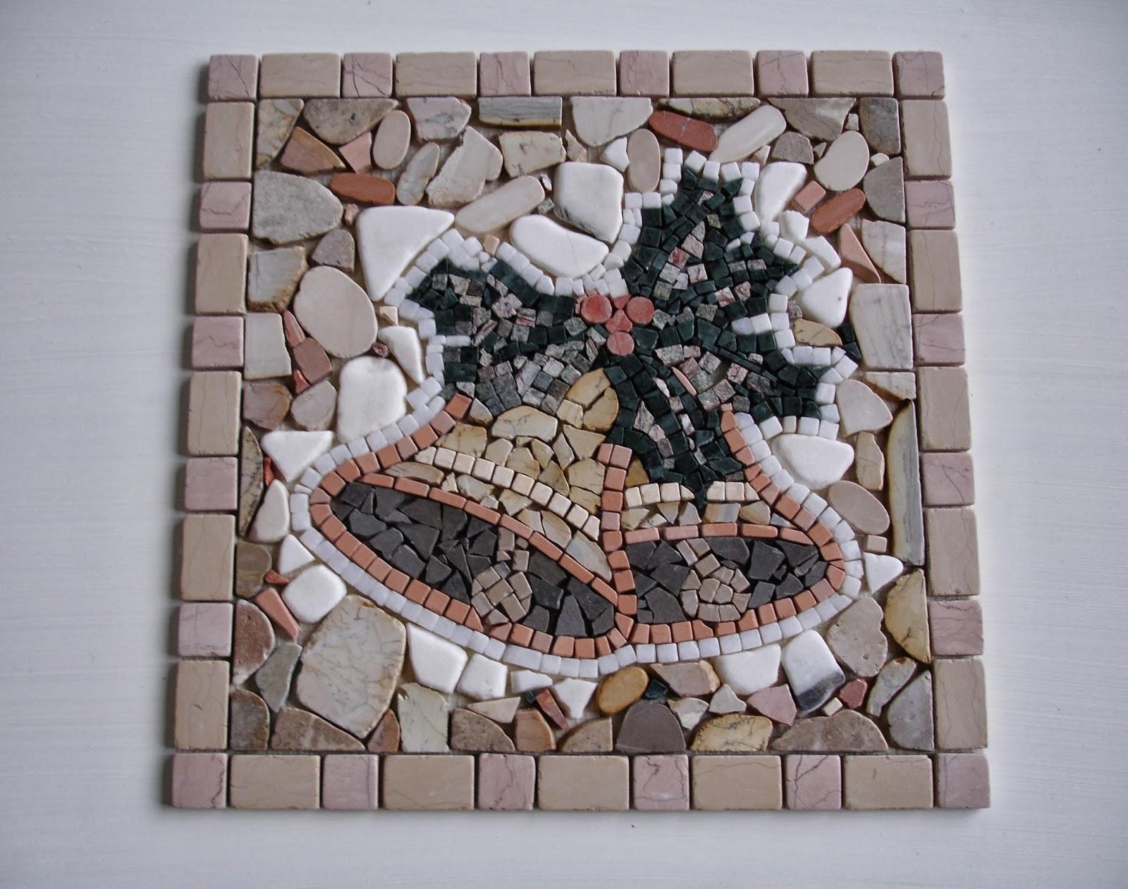 Franco andrenacci rosoni e decori in pietre naturali per pavimenti e pareti realizzati da - Decori per pavimenti ...