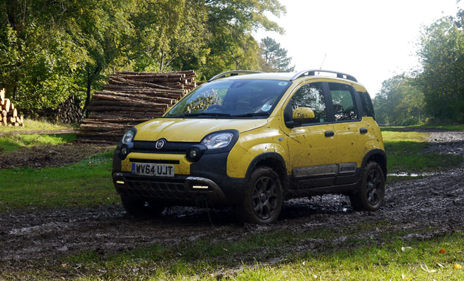 Fiat Panda Cross diesel - front view