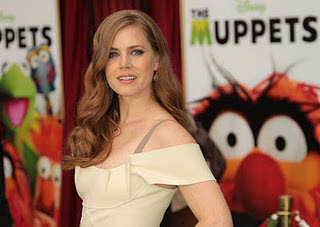 amy-adams-as-mary-the-muppets-2011