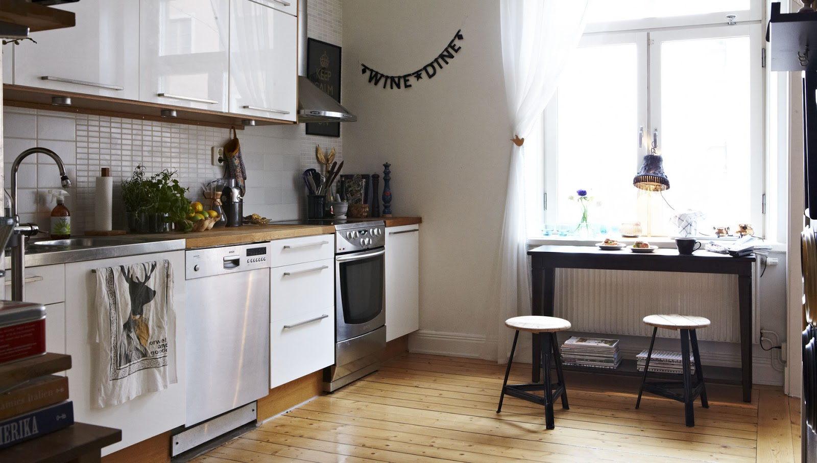 Trendesso kandin vske kuchyne so stolmi scandinavian kitchen with tables Scandinavian kitchen designs