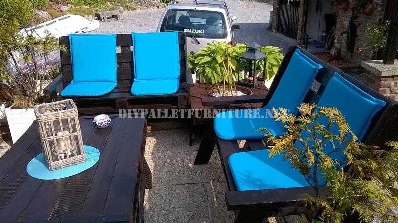 Set de mueble para el jard n for Muebles de jardin con tarimas