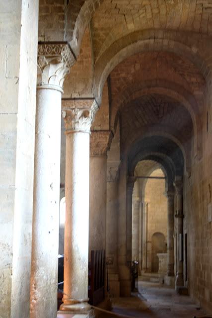 Abbazia Sant'Antimo navata destra