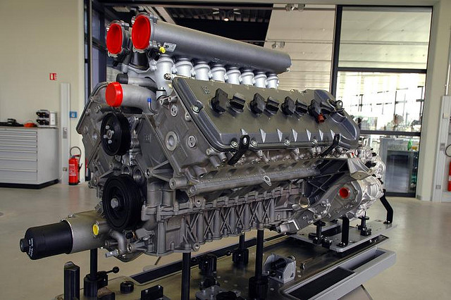 W16 Engine Animation together with W16 Engine Diagram     countrychristmas It css w16 Engine Diagram also Bugatti Veyron W16 Engine Animation in addition Cuáles Son Los Diferentes Tipos De Motores De Autos  Autocosmos moreover VW W8 Engine. on w16 engine animation diagram