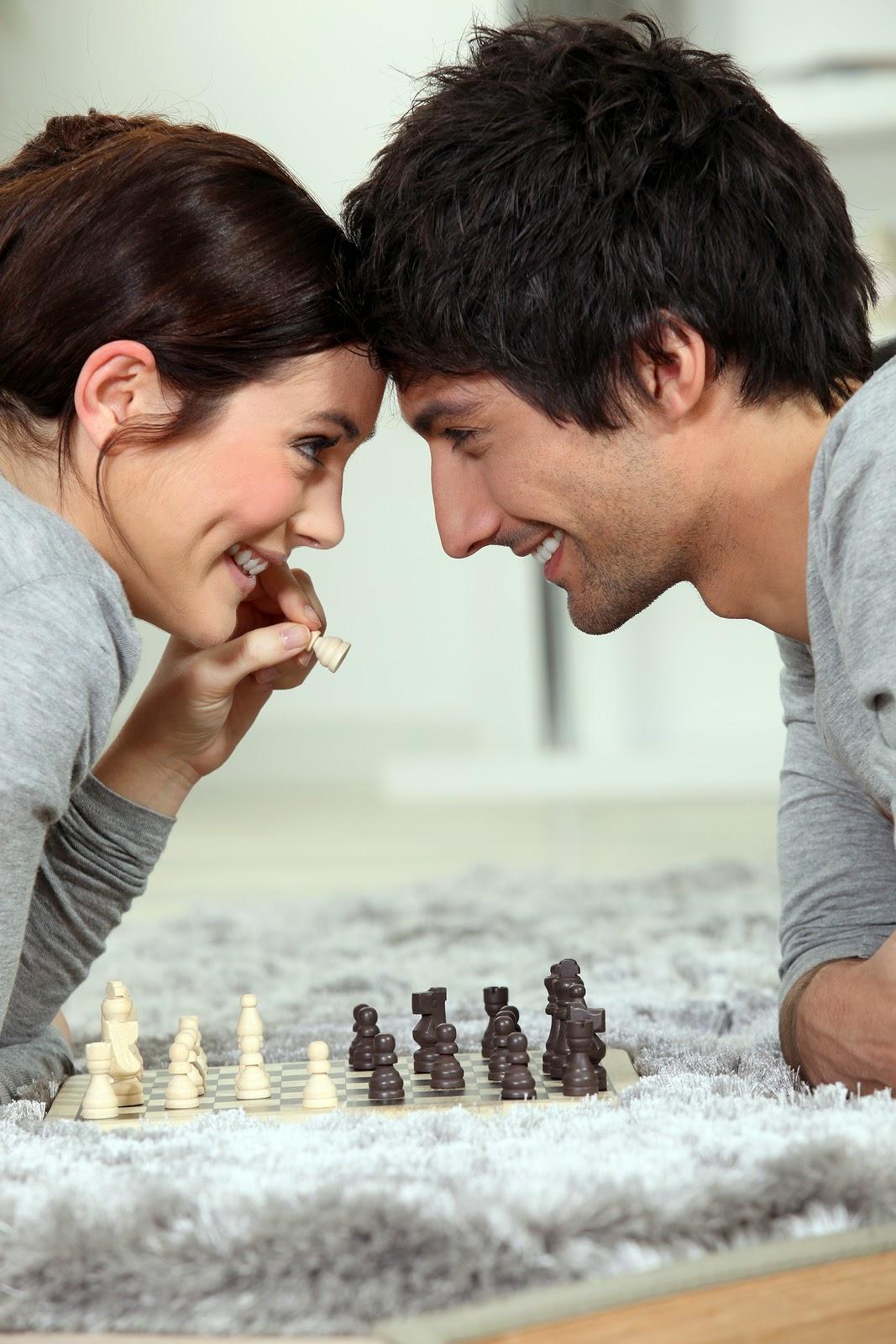 http://19twentythree.com/wp-content/uploads/2013/06/Auremar-bigstock-Couple-playing-chess-38954293.jpg