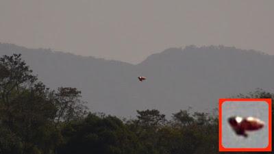 Clear HD UFO Sighting Above Costa Rica 2015, UFO Sightings