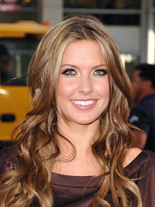 Fine waves flutter through Audrina Patridge's extra-long locks hairstyles.