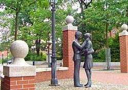Statuia Lili Marleen, Munster Germania