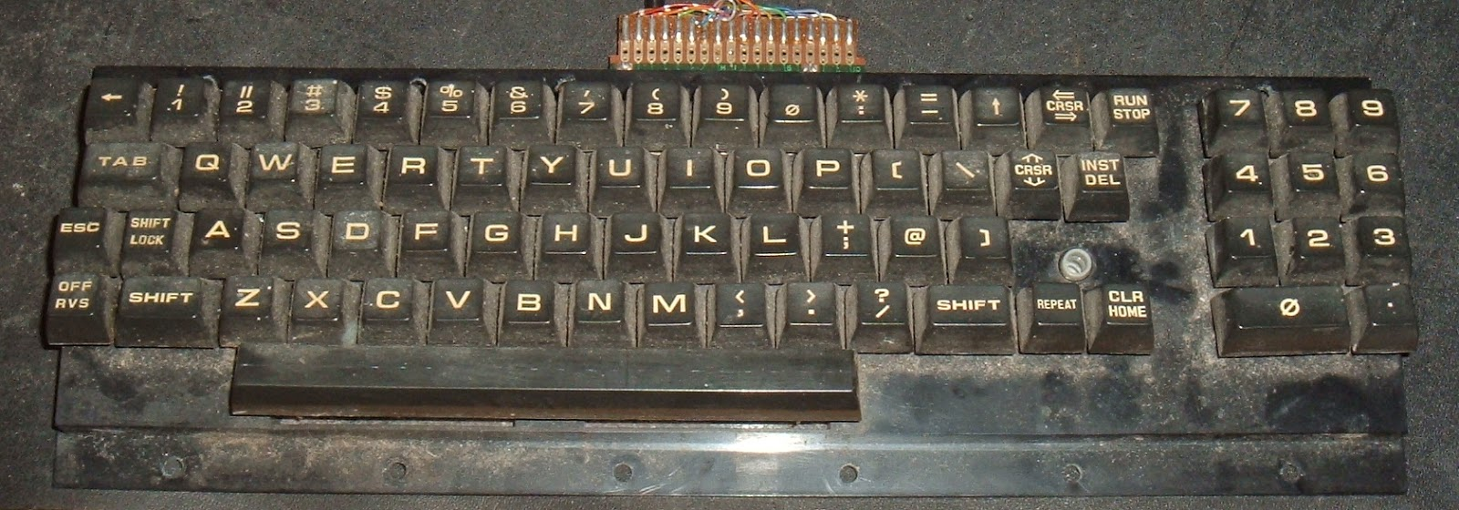 Tynemouth software commodore pet repair part 3 power reset clock the other type as would have been fitted to the 8032 sk is the business keyboard this has the numbers but no graphic symbols buycottarizona Image collections