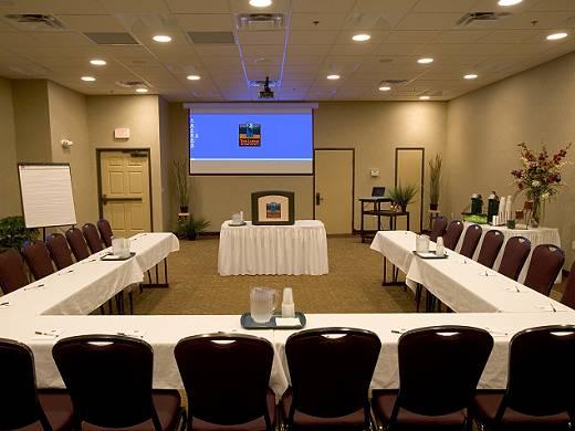 Menyediakan Layanan Ruang Rapat: Pengertian dan jenis ...