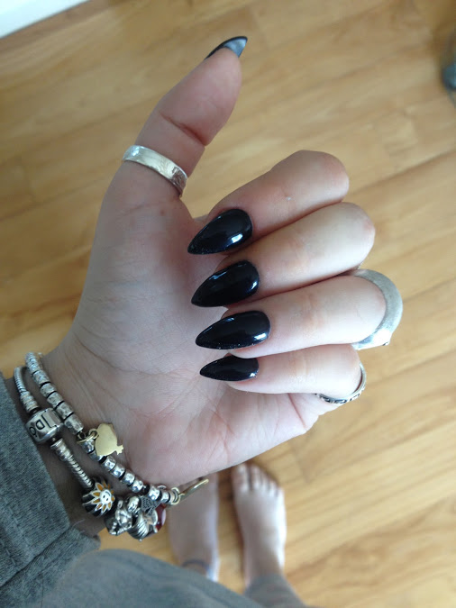 GO WEST YOUNG COWGIRL: Nails
