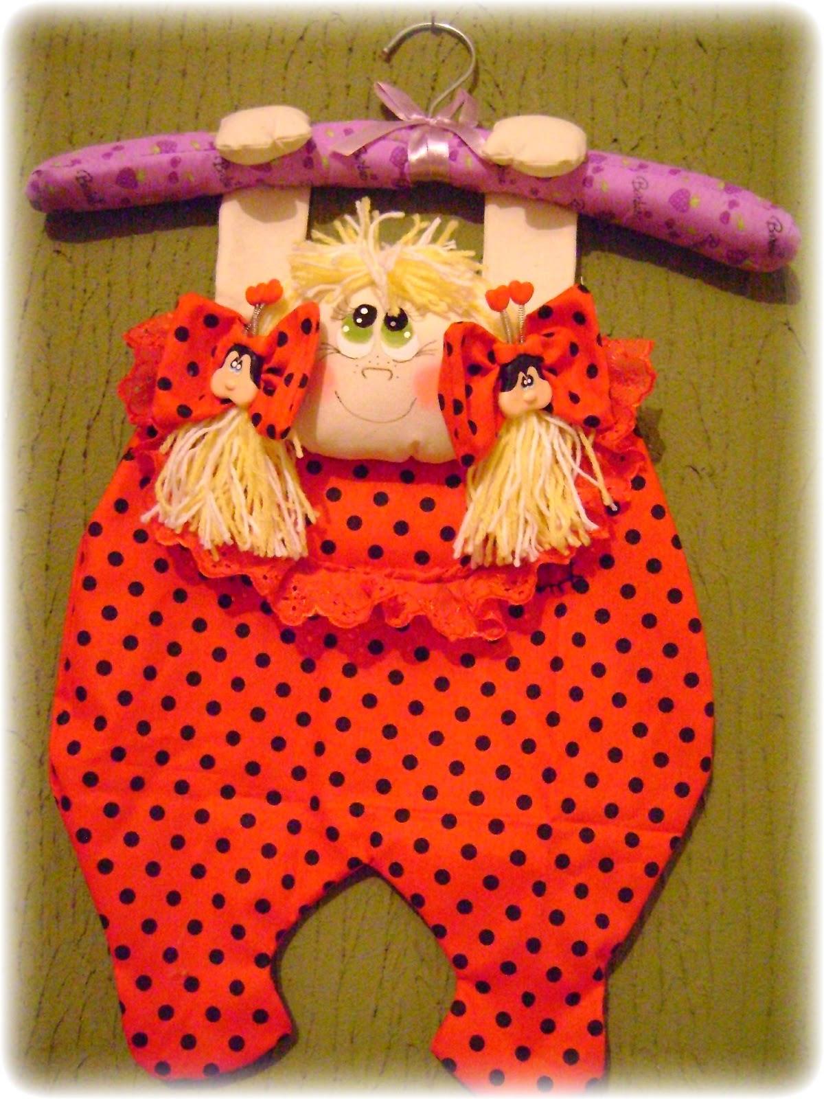 Artesanato Feito Com Juta Passo A Passo ~ Toca da Coruja Artesanato em geral Porta pijamas ou calcinhas ou fraldas menina joaninha