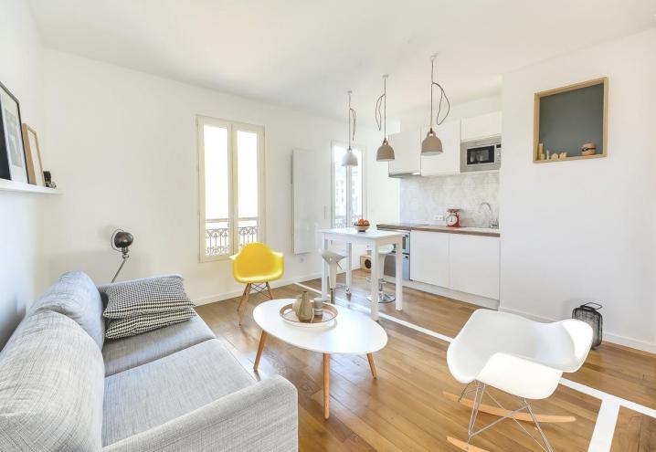 Soffitti Alti 4 Metri : Interno ventuno: home tour: mini appartamento parigino