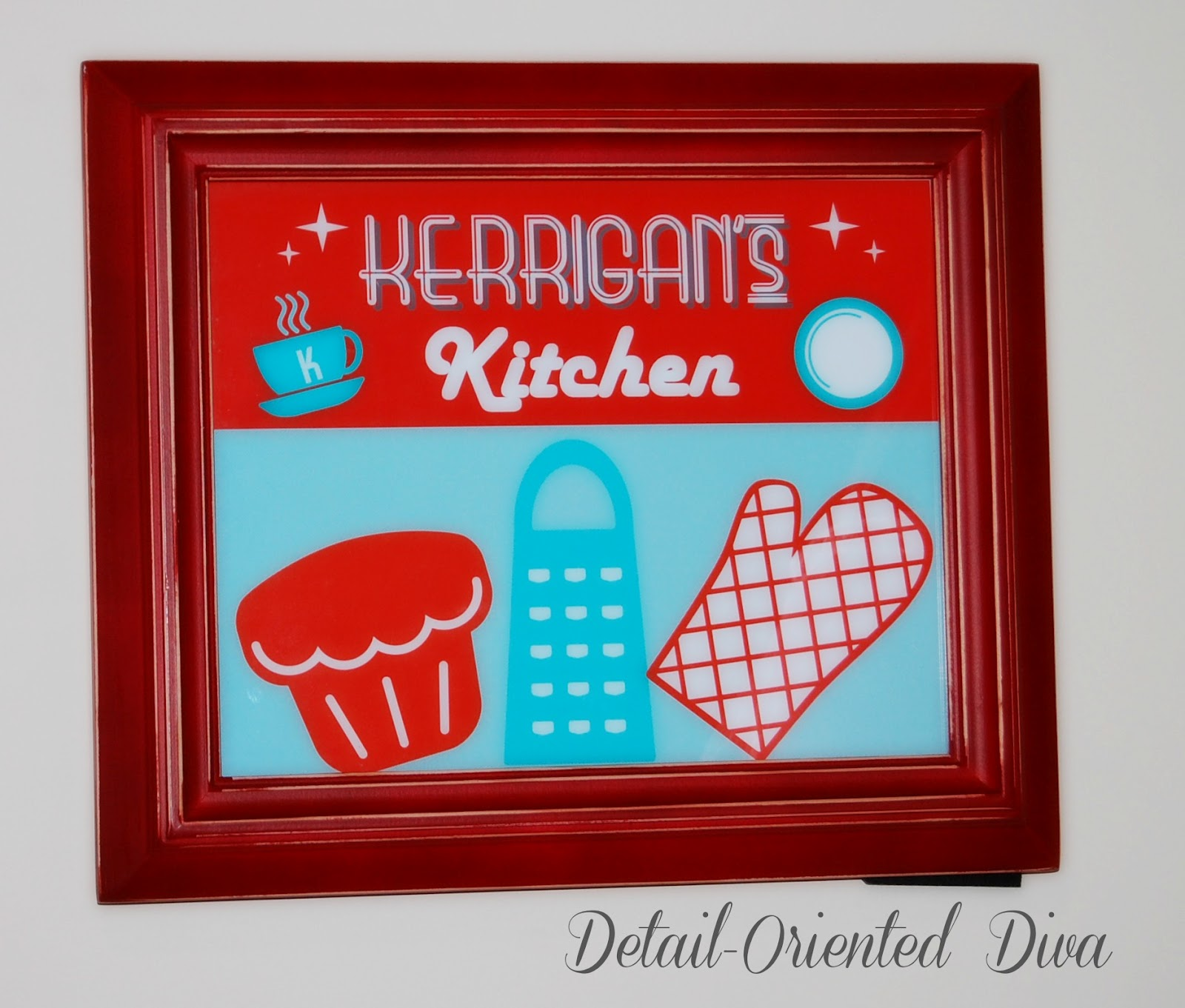 Retro Kid's Kitchen + Free-Printable