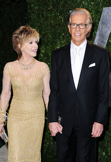 Jane Fonda short layered blonde hairstyle with highlights at the 2012 Vanity Fair Oscar Party