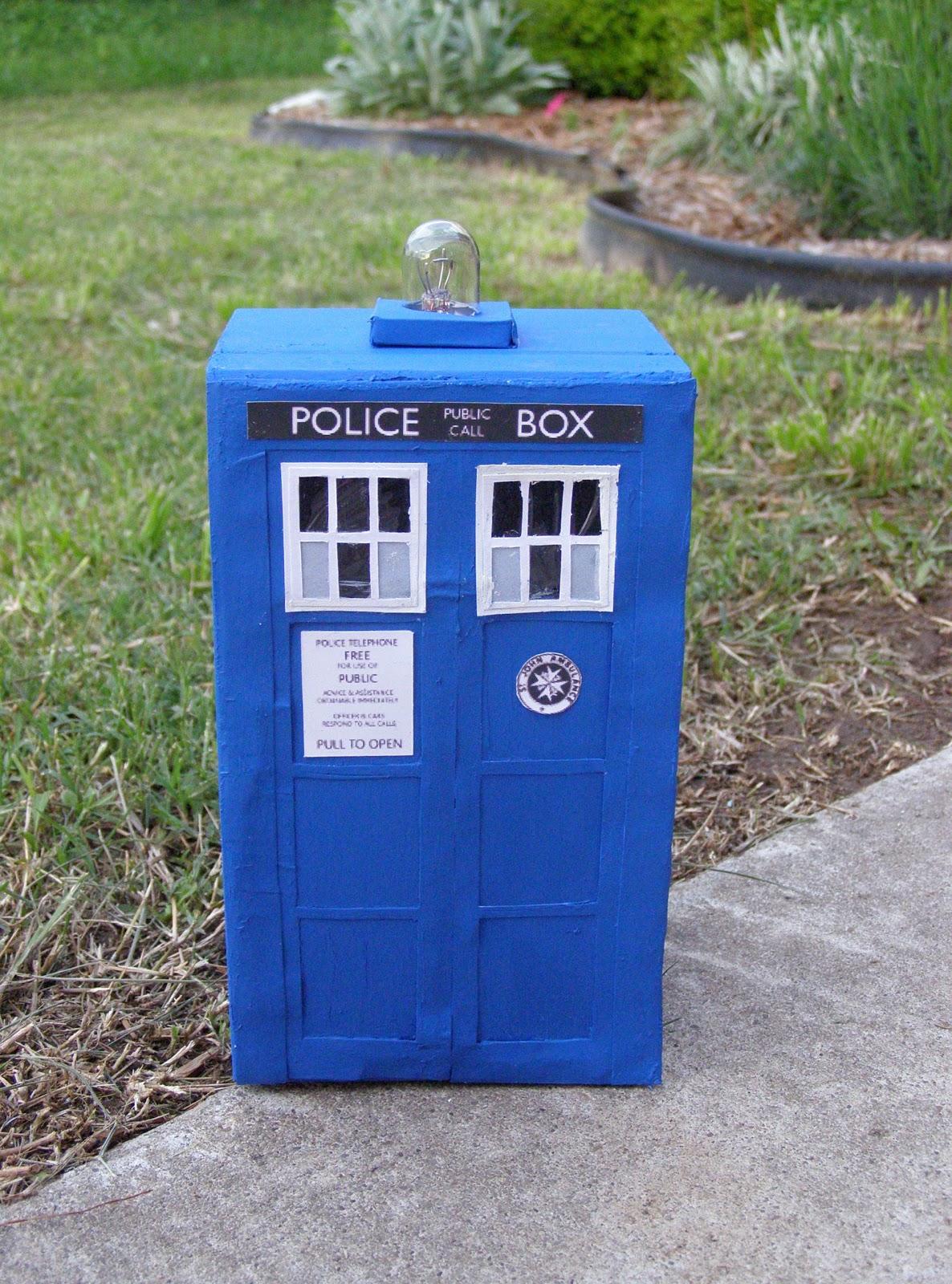 Just Folk Art Making a TARDIS Jewelry Box or Key Chest