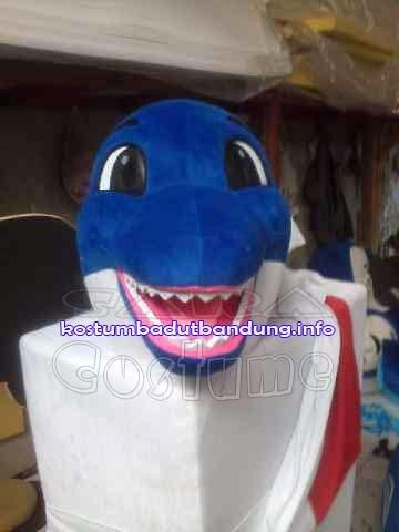 topeng lumba lumba badut maskot shimano