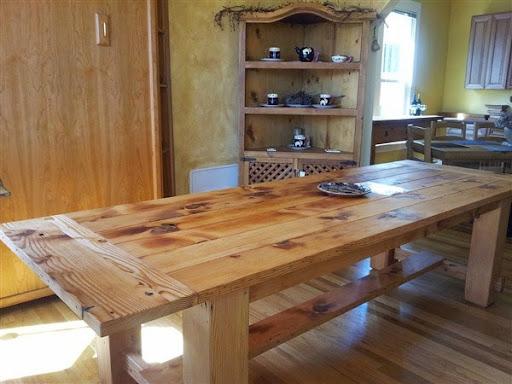 Meja makan dari jati belanda panjang