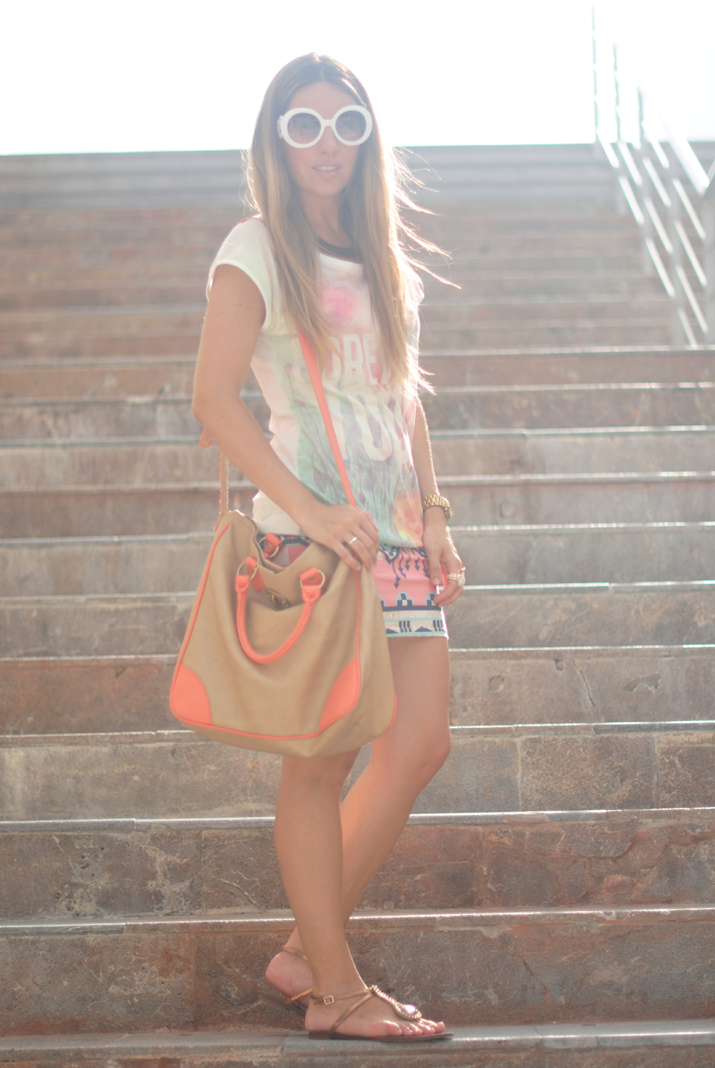 Tendencias moda verano 2012: outfit con print étnico en el blog de moda de México, por Mónica Sors