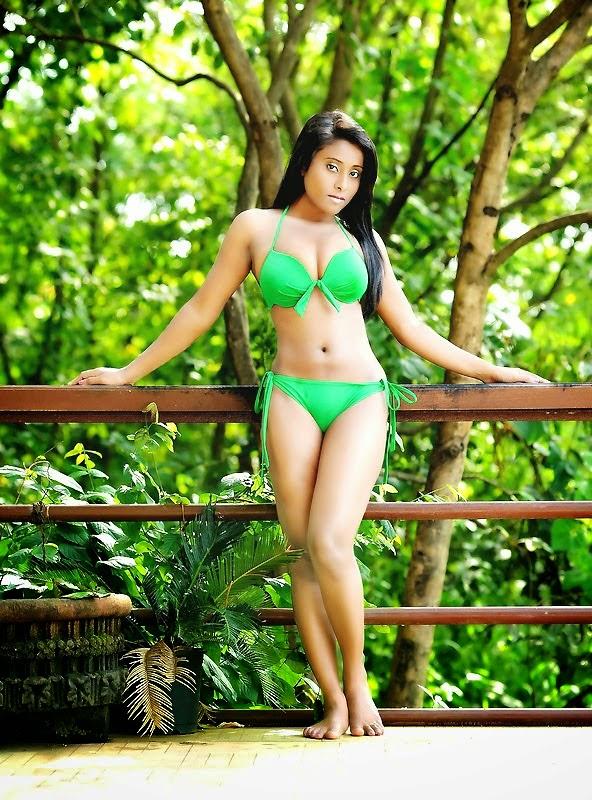 nikita gokhale bikini