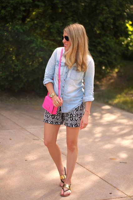 chambray button up, black and white ikat shorts, black and gold sandals, pink kate spade bag, ray ban aviators