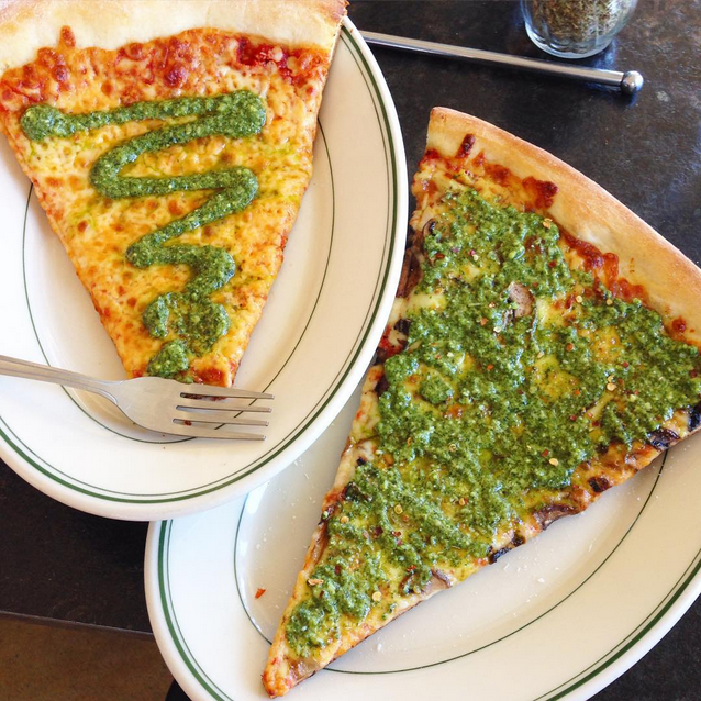 Whidbey Island Washington, Langley Washington, Village Pizzeria, Village Pizzeria Pesto Pizza