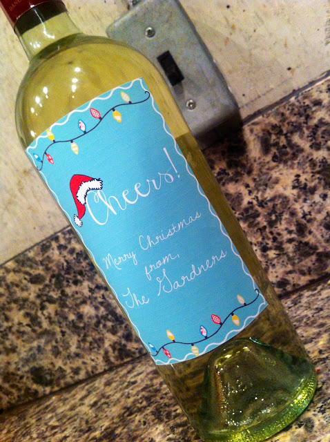 DIY Wine bottle Christmas labels - customized with your family name!