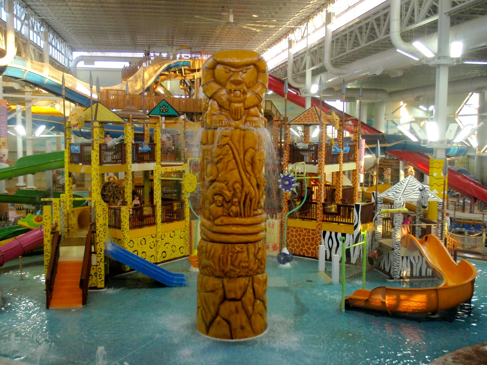cool funny pictures the top 6 astronomical indoor water parks. Black Bedroom Furniture Sets. Home Design Ideas