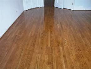 Pavimento-de-madeira-envernizado-com-Verniz-Durotaco-pintar-a-casa