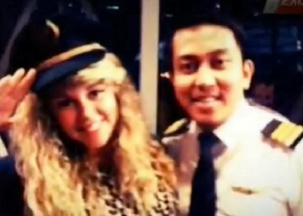 gambar fariq abdul hamid bawak perempuan masuk kokpit, media australia fitnah malaysia, gambar playboy pembantu juruterbang mh370, pemabntu juruterbang mas mh370 playboy, gambar wanita yang dibawa masuk fariq, gambar pembantu juruterbang fariq abdul hamid, pembantu juruterbang malaysia airlines