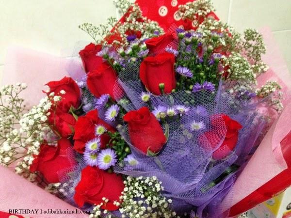 Jambangan bunga ros untuk Adibah Karimah