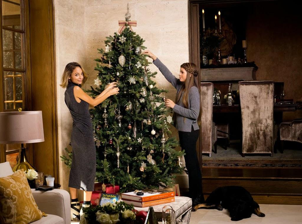 Nicole richie news christmas with nicole richie for Home decor joss and main