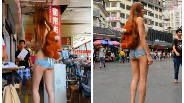 Wanita yang Pakai Celana Super Minim Ini Bilang Pakaian Ini Bakal Tren