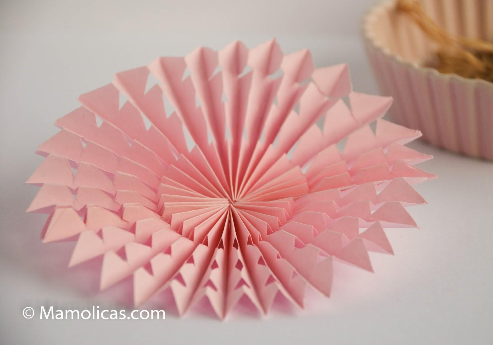 Mamolicas adornos navidad con papel plegado - Adornos de papel para navidad ...