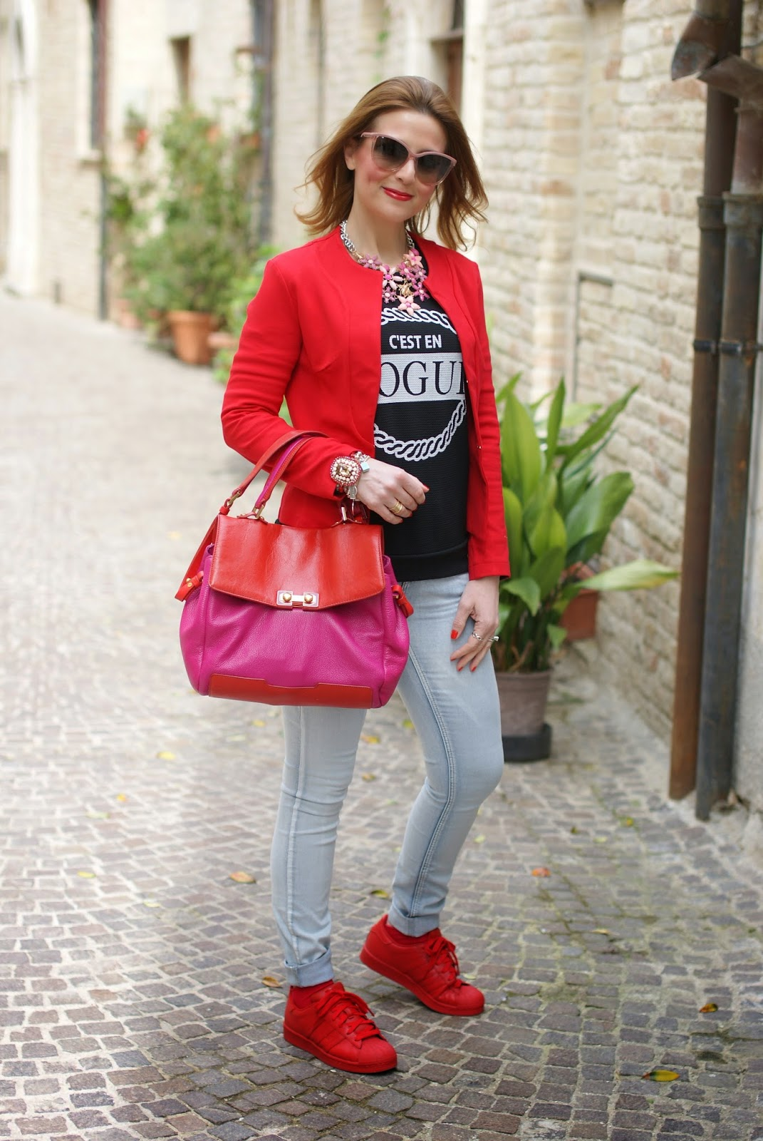 red jacket, numph jeans, red adidas supercolor sneakers, Fashion and Cookies fashion blog, fashion blogger streetstyle
