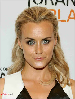 Taylor Schilling Pictures at Orange Is The New Black New York Premiere  0001.jpg