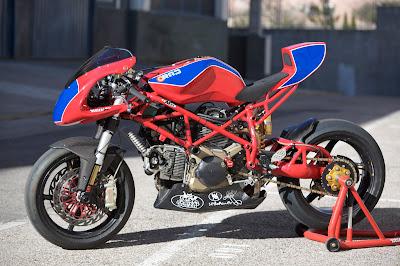 Radical Ducati S L   RAD 02 MONTJUICH TT