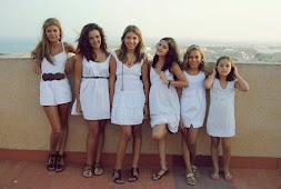 Mis 6 sobrinas.-foto M.del Mar, excepto ésta, el abuelo. Verano 2011