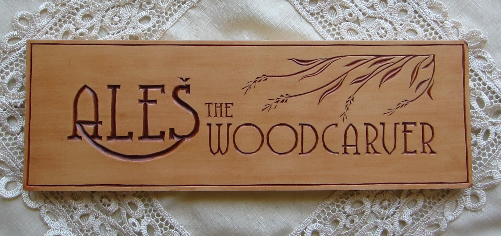 Ales the woodcarver chip carved banner