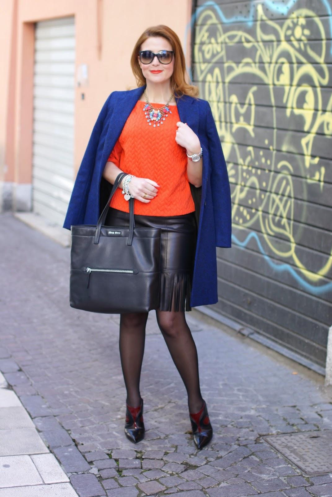 Blumarine leather fringed skirt, fringe hemline skirt, ray-ban cat eye sunglasses, Miu Miu black tote, bijou brigitte necklace, black sheer tights on legs, Fashion and Cookies fashion blog, fashion blogger